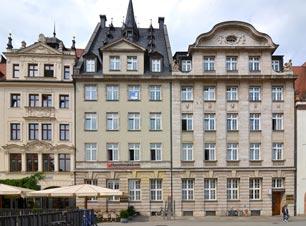 Wo heute noch die Hypovereinsbank residiert, entsteht zum Ende des zweiten Quartals 2017 ein Augustiner-Brauhaus