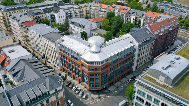 The new headquarters of the ARCADIA Investment Group is being built in the direct vicinity of the Sparkasse Leipzig headquarters.